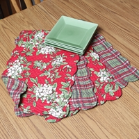 Mistletoe & Plaid Placemats Set