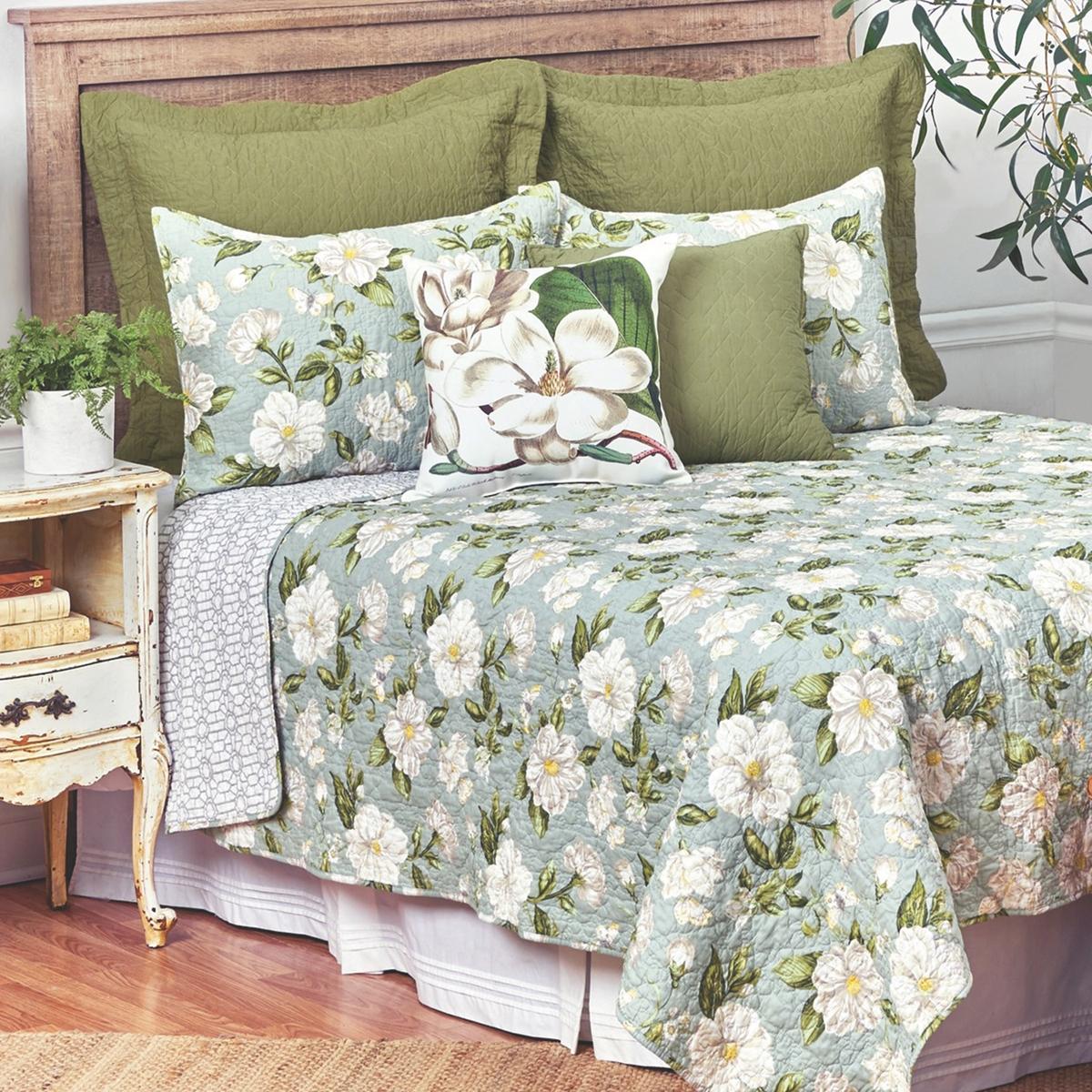 Magnolia Garden Bedding Set