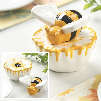 Bee Salt and Pepper Shaker
