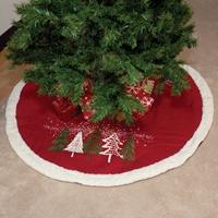 Snowy Trees Tree Skirt